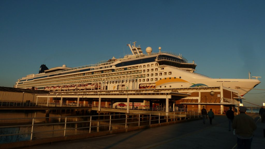 25.10.2012 - 14.11.2012 | Norwegian Dawn | Colonial Cruise